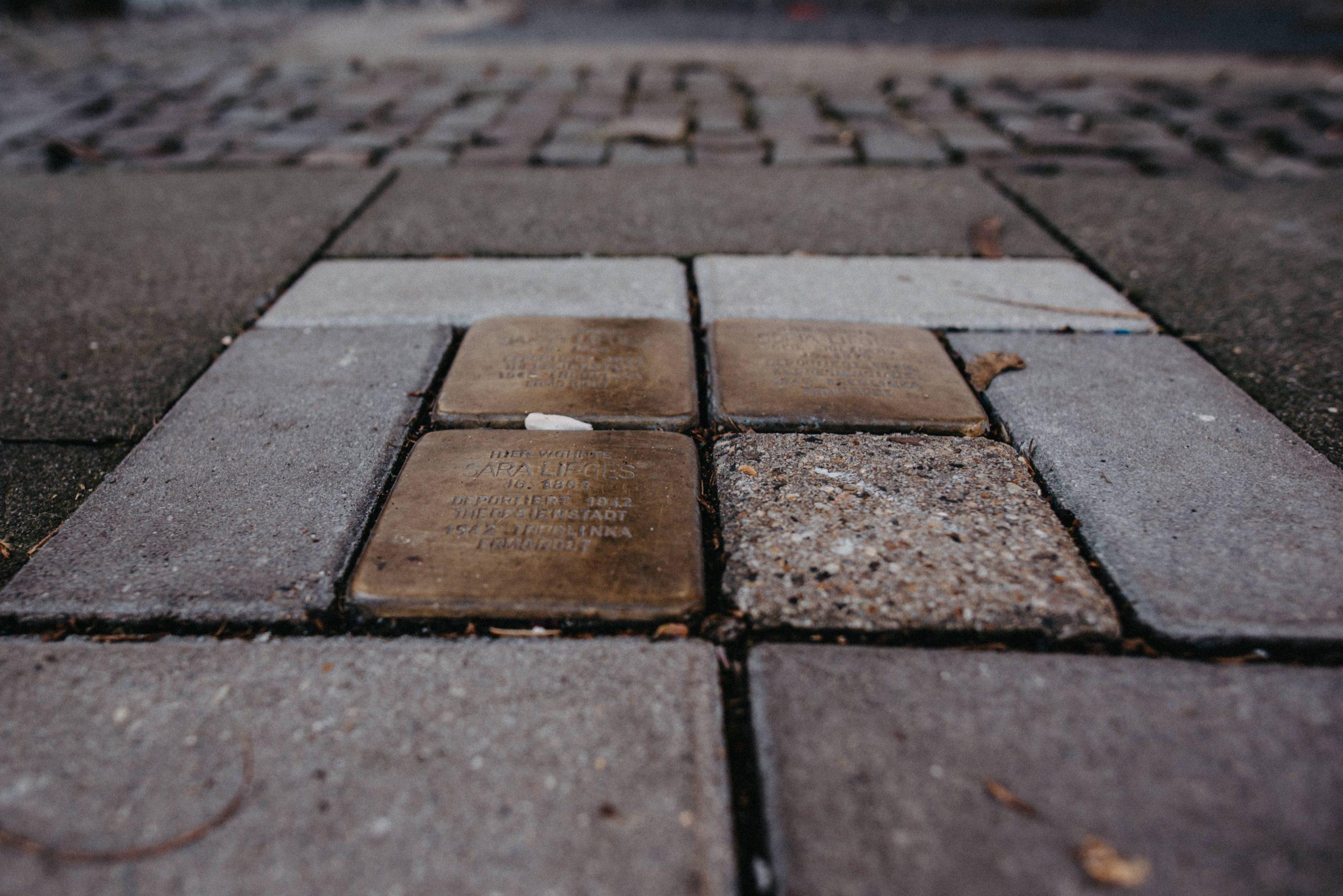 Stolpersteine in der Hochstraße 39 in Süchteln.